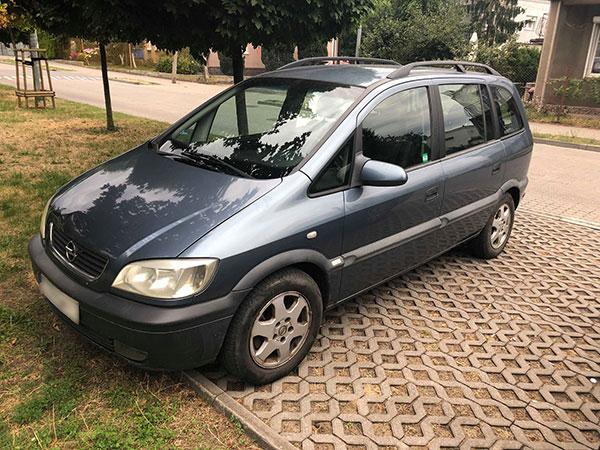 Opel Zafira 1999 rok